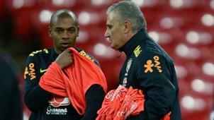 Fernandinho Tite treino Seleção Brasil Wembley 13 11 2017