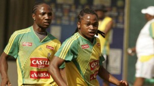 Teko Modise and Siphiwe Tshabalala South Africa training