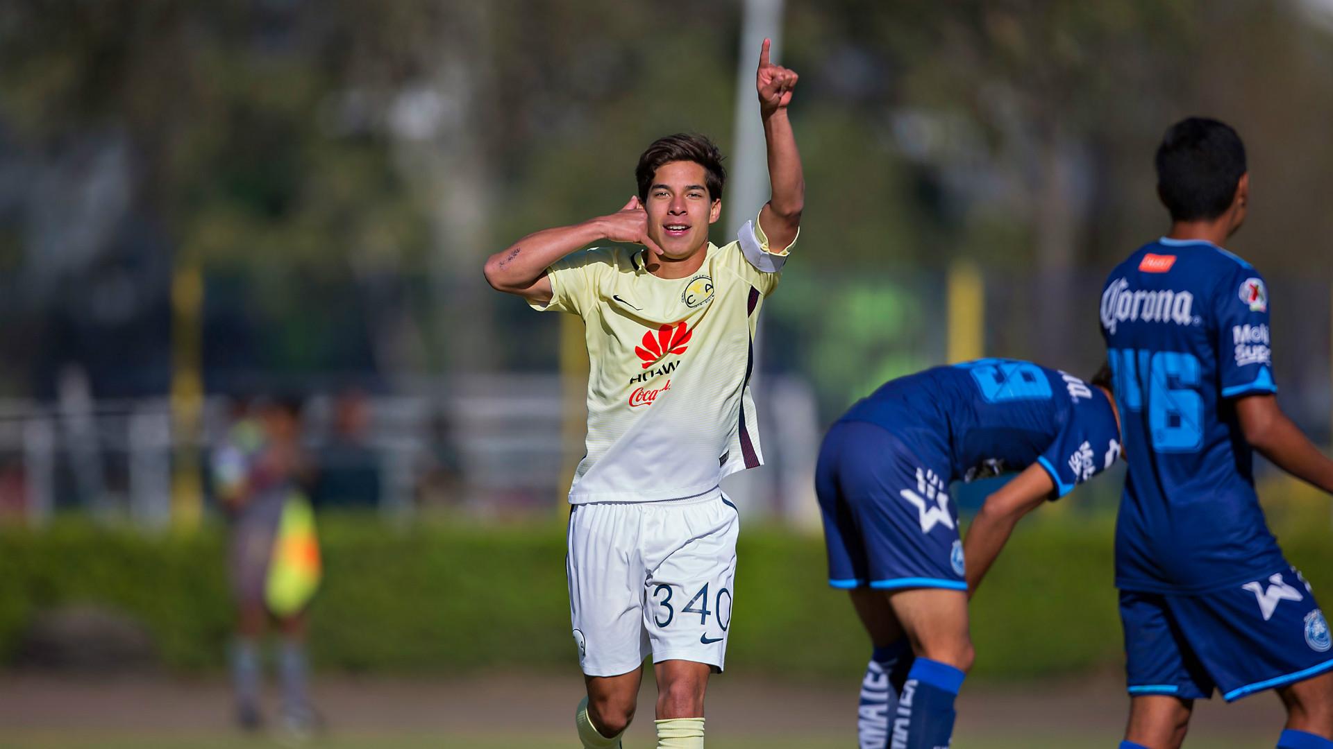 Diego Lainez 1