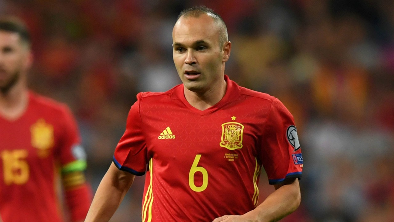 Manchester United AC Milan and Barcelona icons make Andres