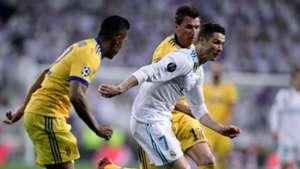 Mario Mandzukic Alex Sandro Cristiano Ronaldo Real Madrid Juventus UEFA Champions League