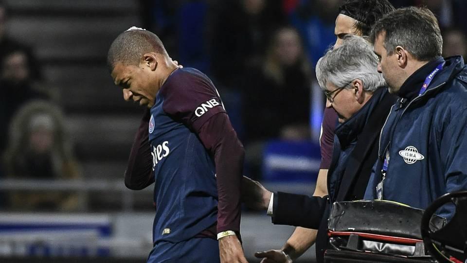 VIDEO: Mbappe taken off for PSG after nasty Lopes collision