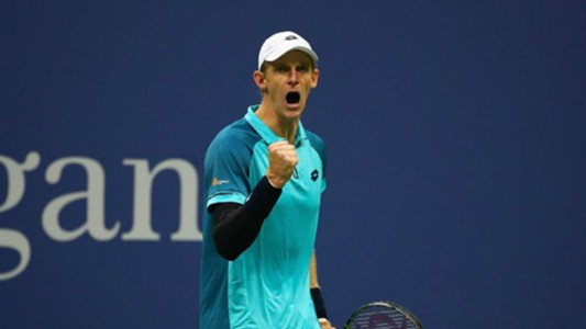 Kevin Anderson of South Africa celebrates
