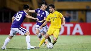 Ngan Van Dai vs Miguel Tanton Ha Noi FC vs Ceres Negros AFC Cup 2019