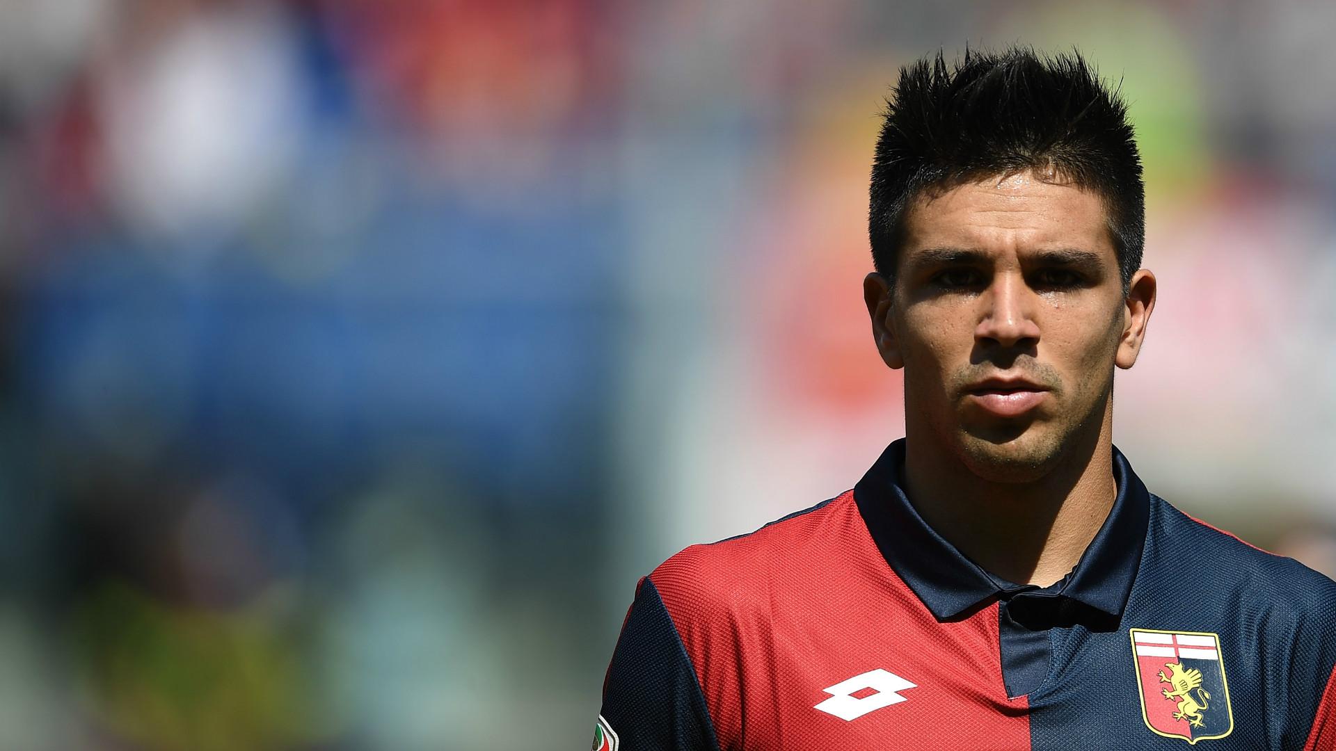 Fiorentina, occhi su Simeone: contatti avviati con il Genoa