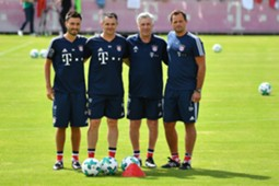 Ancelotti Davide Carlo Willy Sagnol Bayern München Training 01072017