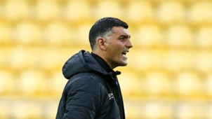 John Aloisi Wellington Phoenix v Brisbane Roar A-League 21012017
