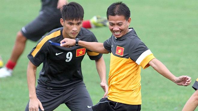 HLV Hoàng Anh Tuấn - Công Vinh / AFF Cup 2012