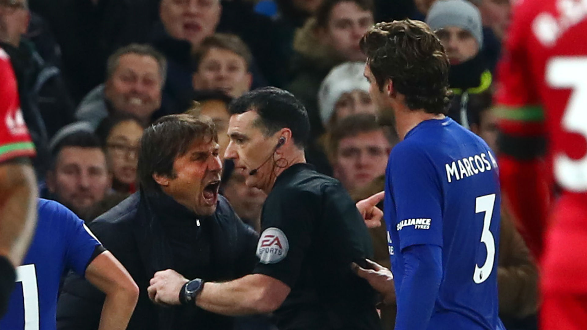 Antonio Conte ends Cesar Azplicueta's incredible run of consecutive games for Chelsea