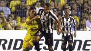 Lucas Villaruel Alex Santana Defensa y Justicia Botafogo Copa Sudamericana 20022019