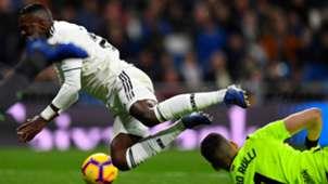 Vinicius Real Madrid Real Sociedad LaLiga 06012019