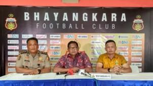 Stadion PTIK Bhayangkara FC - AKBP Sumardji Manajer Bhayangkara FC Yeyrn Tumena