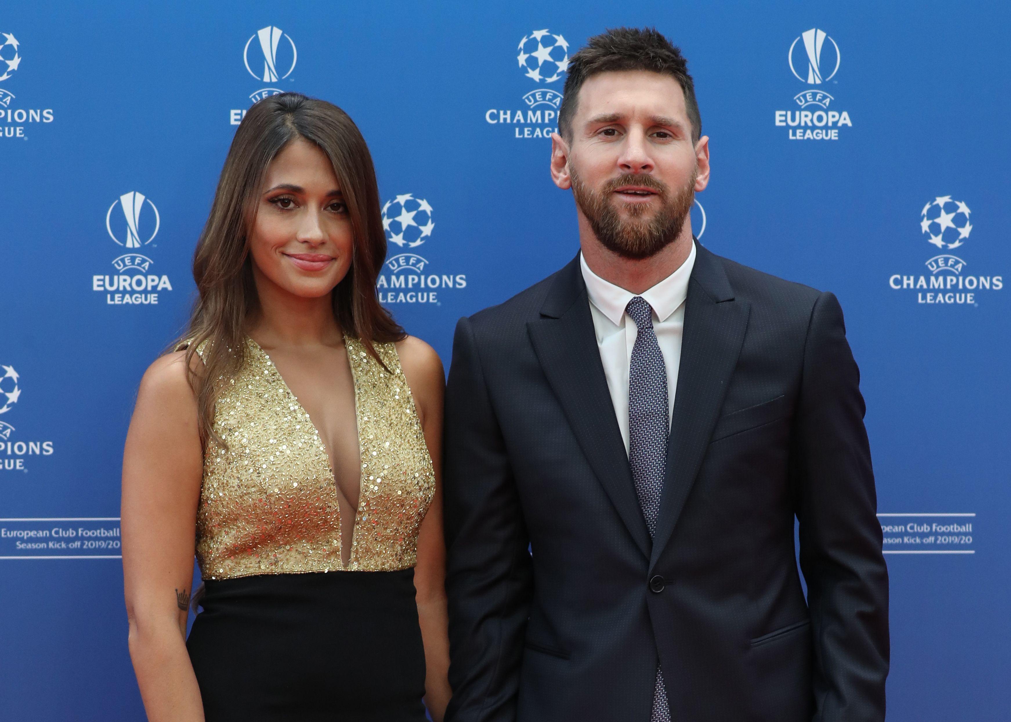 Messi Antonella Premios UEFA Sorteo Champions League