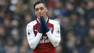 Mesut Ozil Arsenal Tottenham
