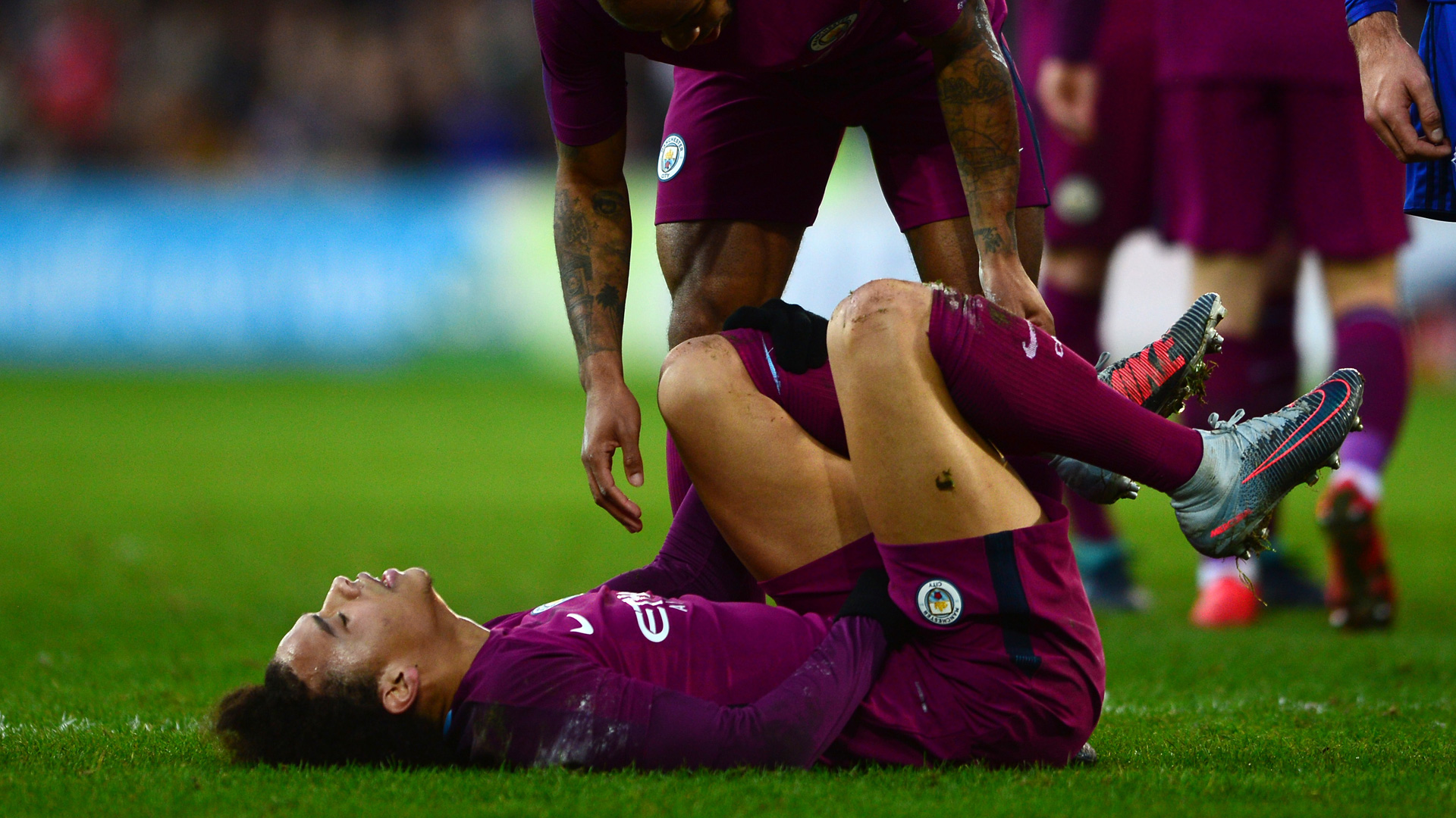 Sorge um Nationalspieler Leroy Sané nach brutalem Foul im englischen FA-Cup