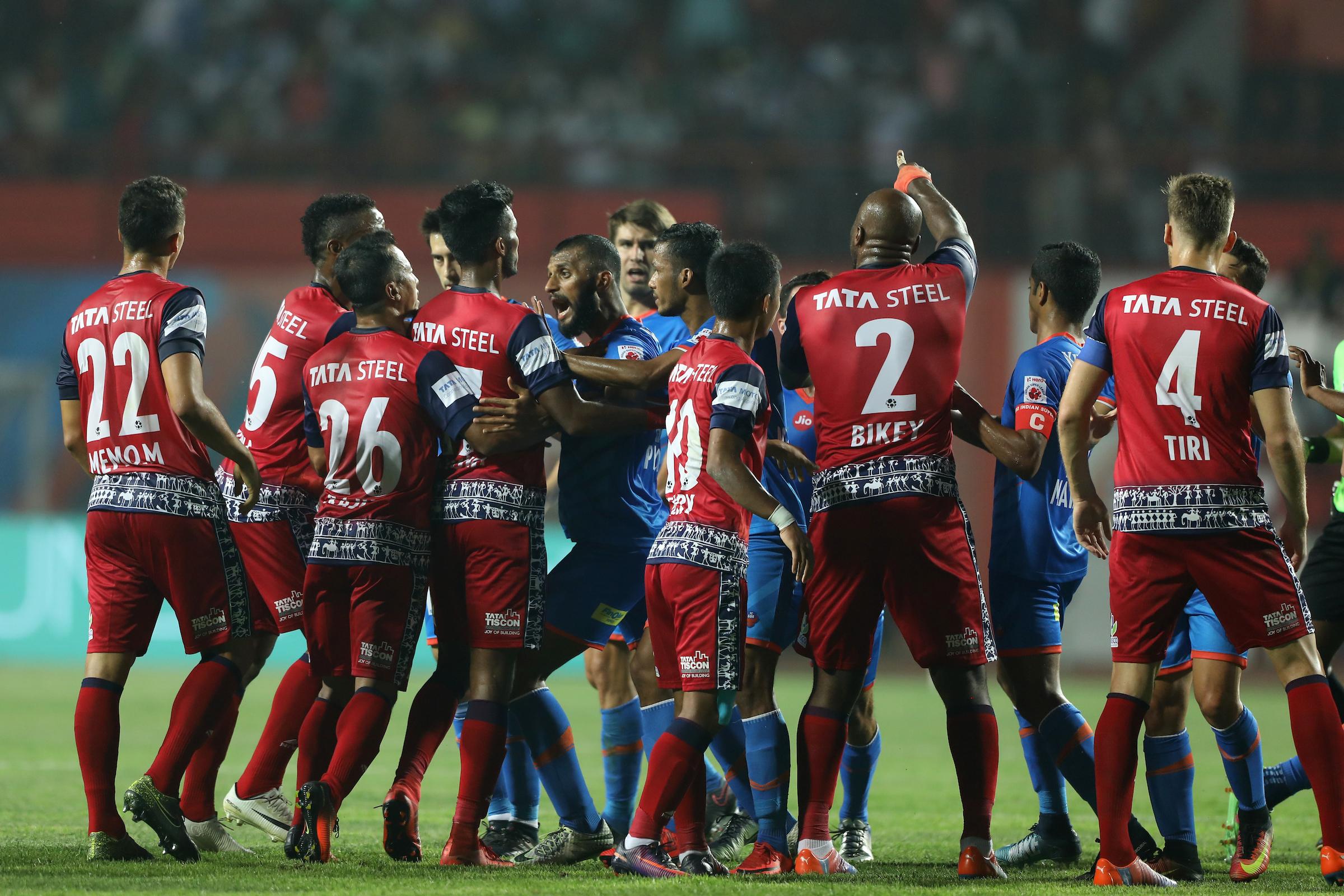 FC Goa vs Jamshedpur fight among players