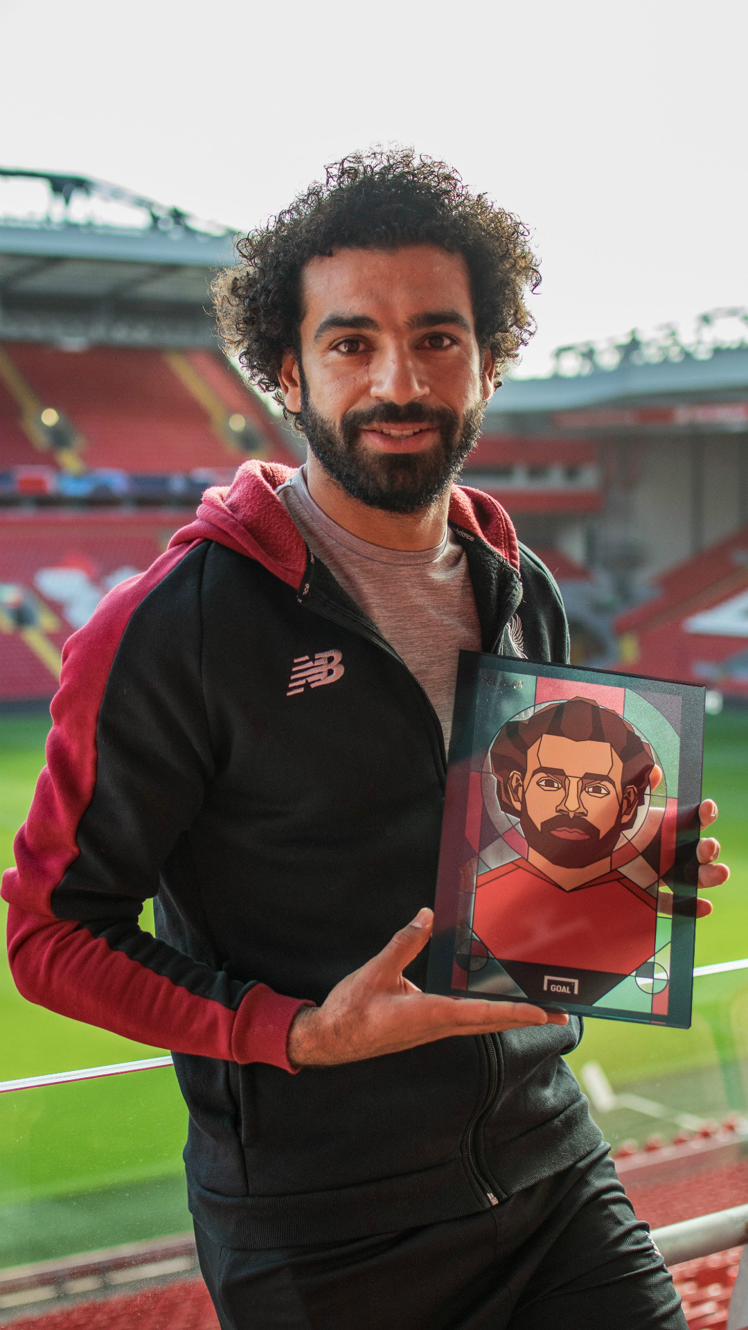 Goal 50 | Mohamed Salah with third place award