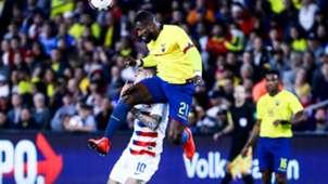 Gabriel Achilier Christian Pulisic USA Ecuador 2019