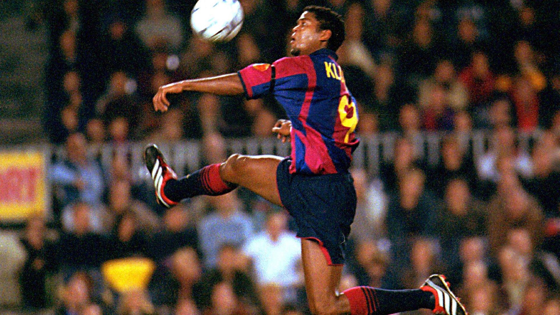 Patrick Kluivert Barcelona 2001