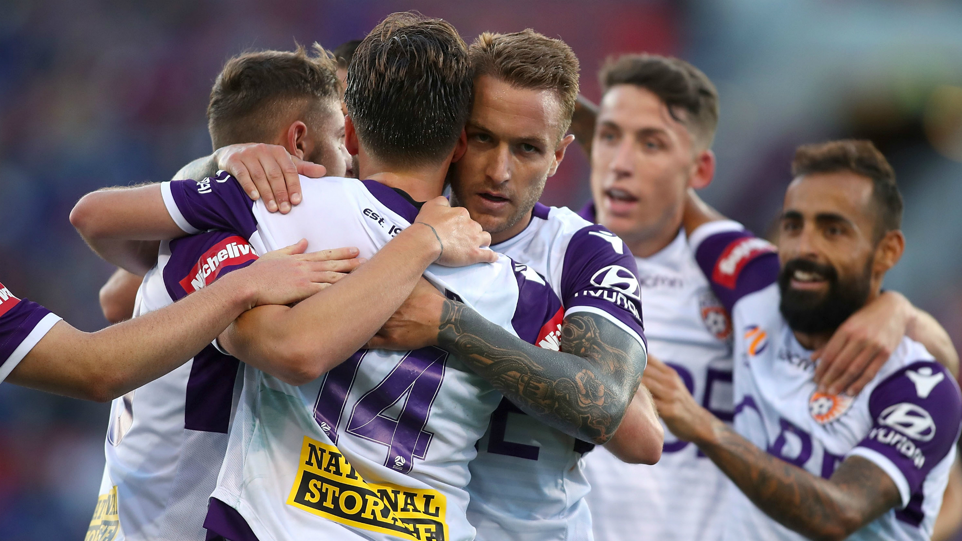 Striker Adam Taggart leaves Perth Glory for A-League rivals Brisbane Roar