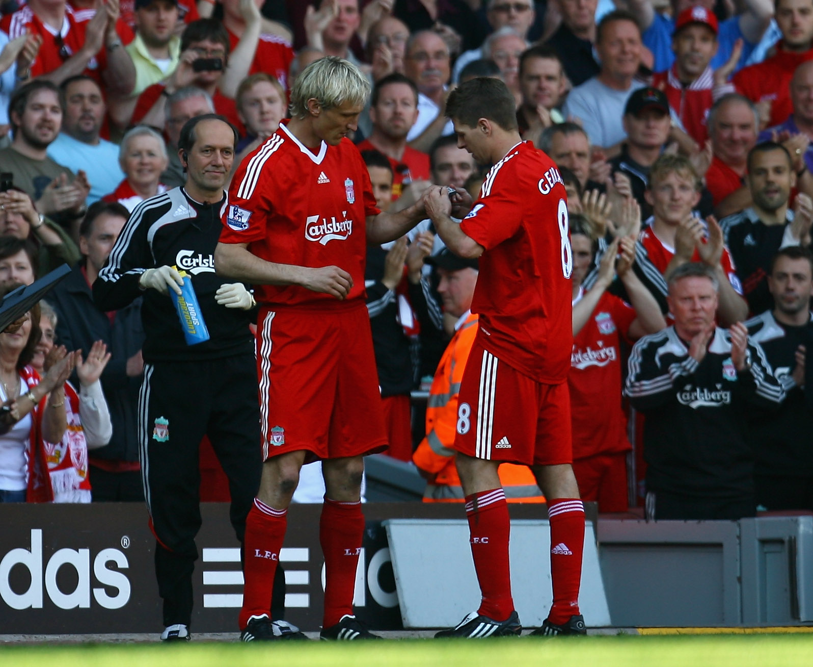Sami Hyppia and Steven Gerrard