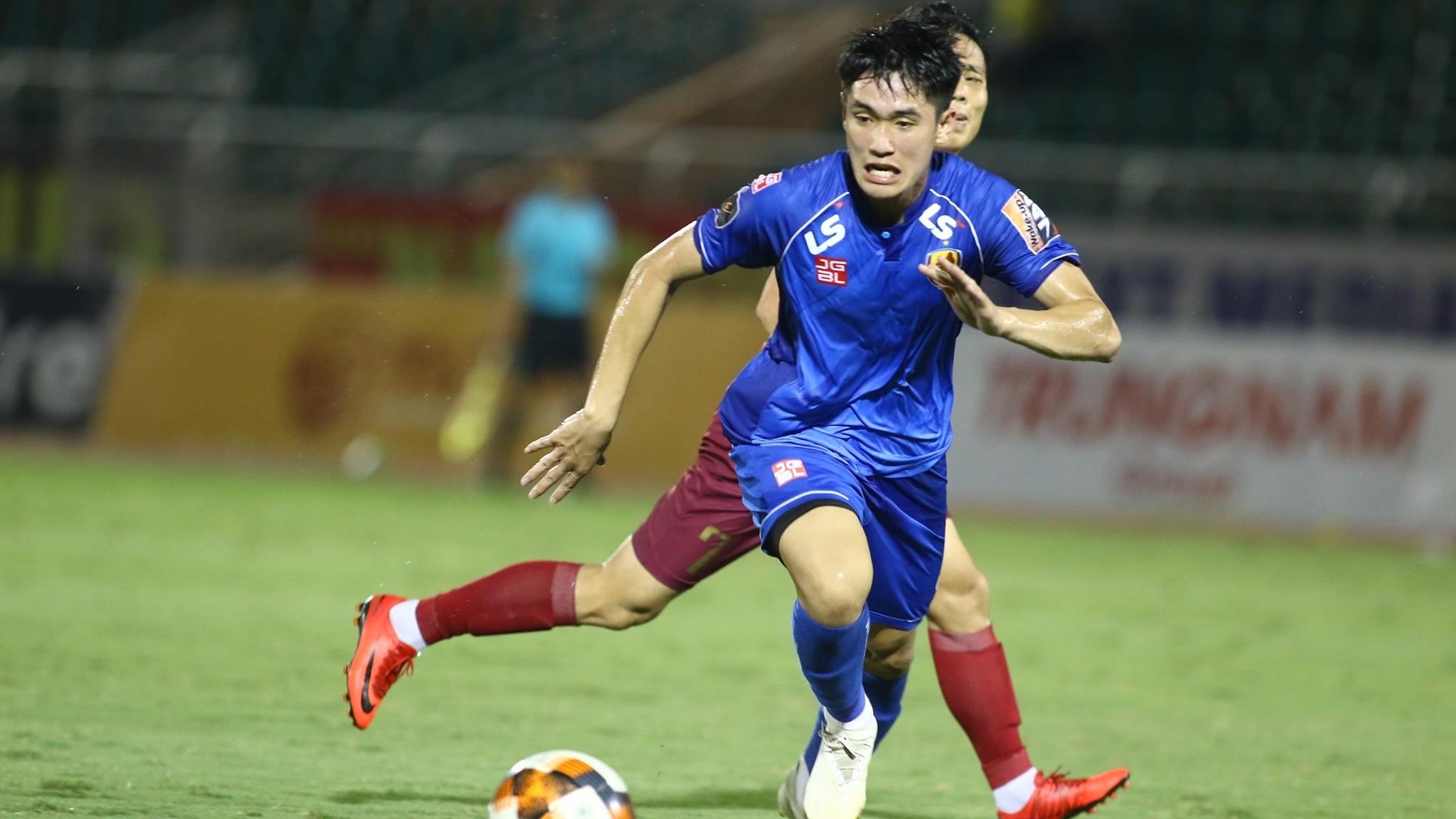 Huynh Tan Sinh Ho Chi Minh City vs Quang Nam Round 9 V.League 2019