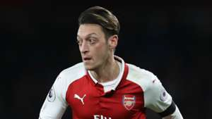 Wenger feud fuelling Mourinho's efforts to take Ozil to Man Utd, says Keown