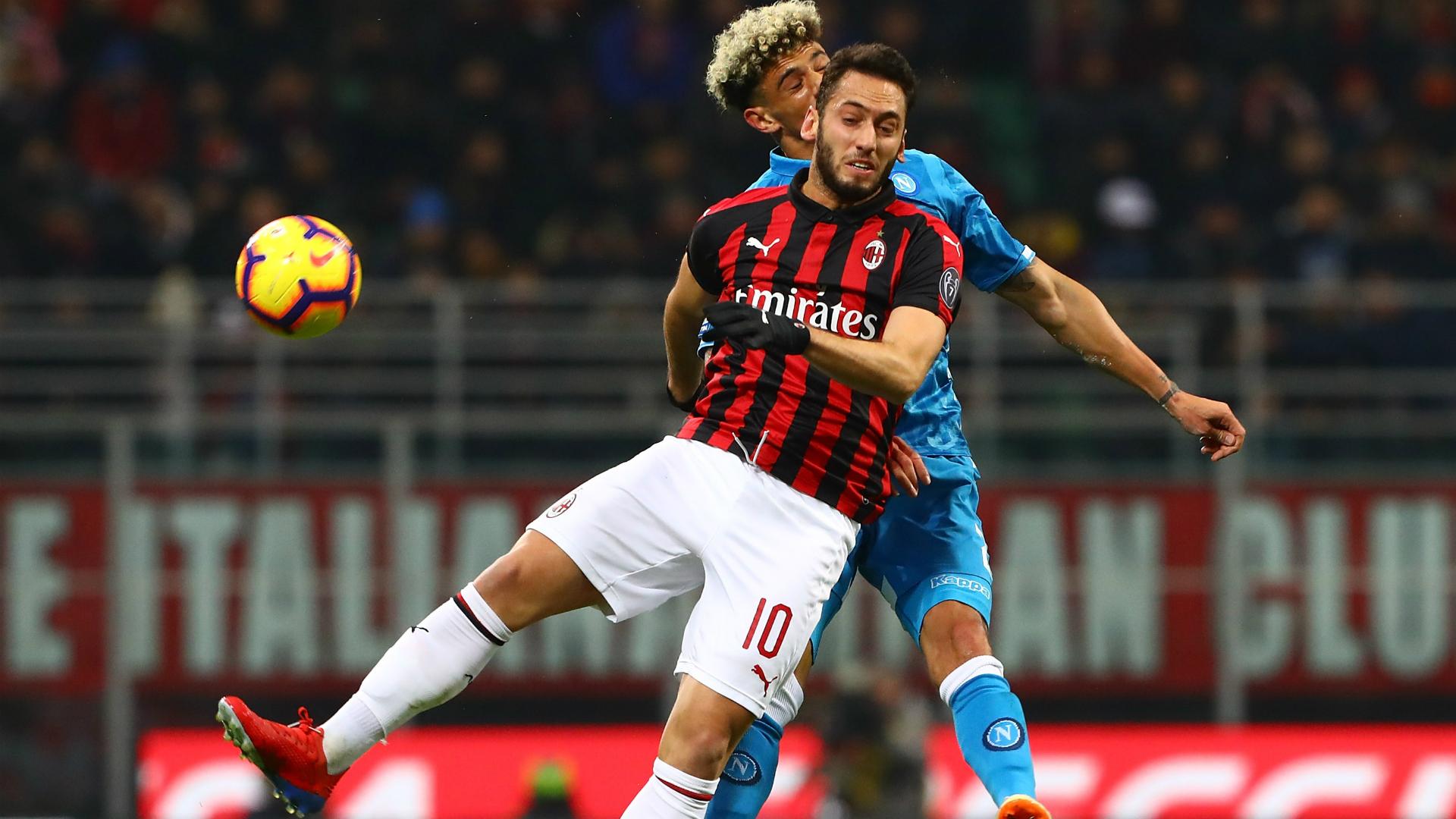 Hakan Calhanoglu Kevin Malcuit Milan Napoli Serie A