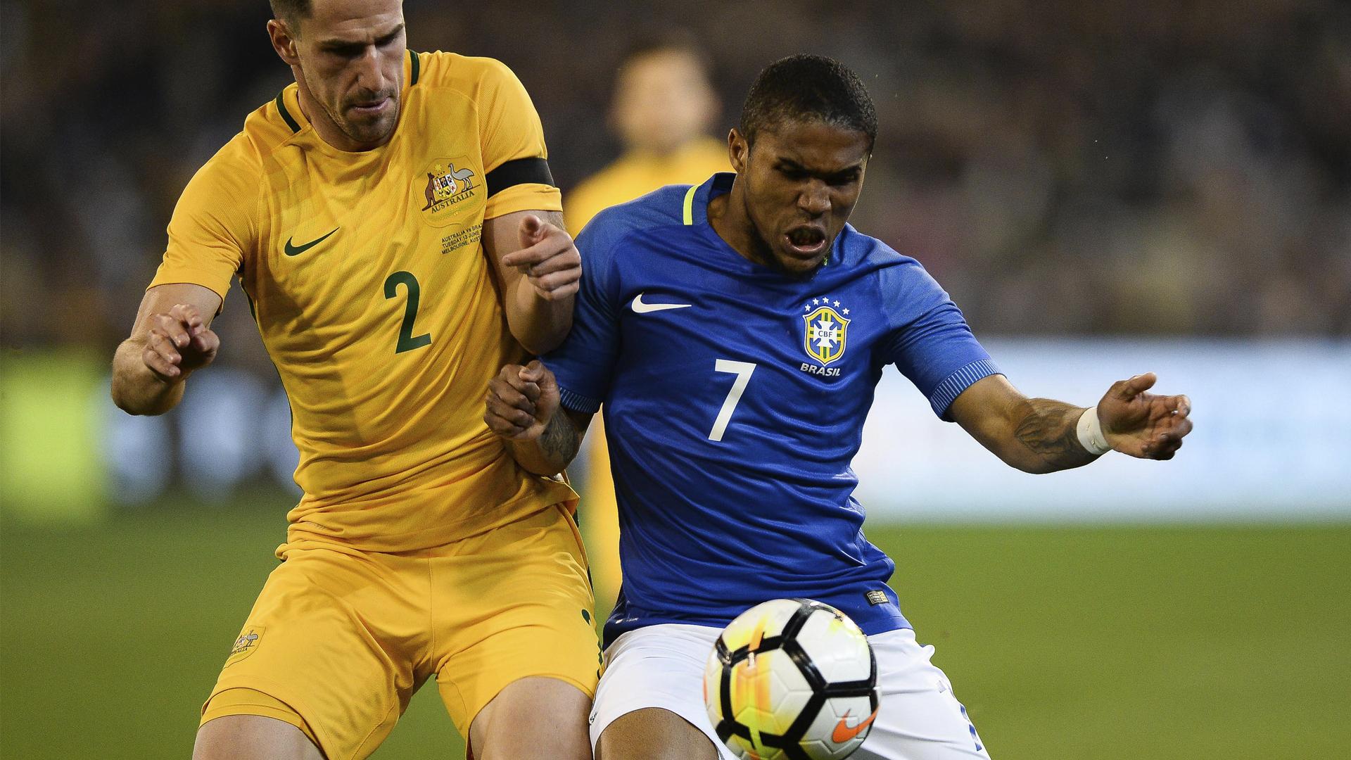 Douglas Costa Brasil x Austrália  13 06 17