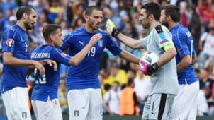 Chiellini Bonucci Buffon Italy celebrating vs Sweden
