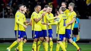 Sweden celebrating Sweden Romania Euro 2020