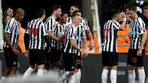 Newcastle celebrate vs Burnley