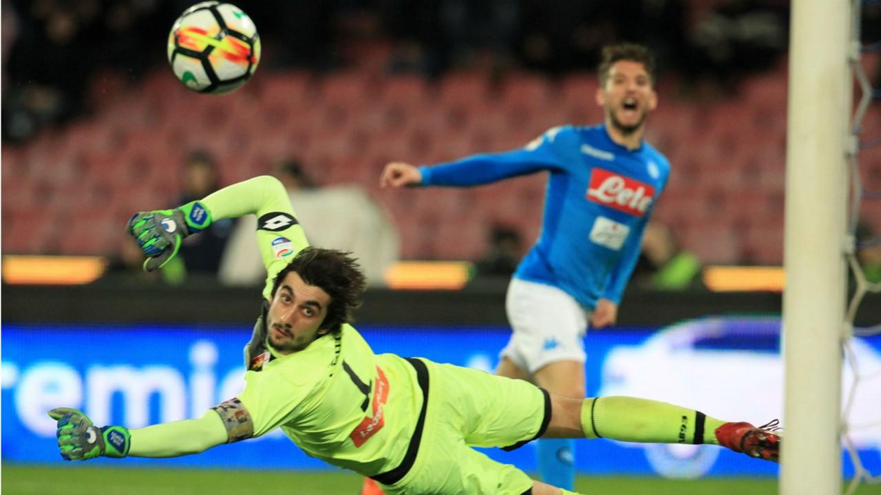 Dries Mertens Mattia Perin Napoli Genoa Serie A
