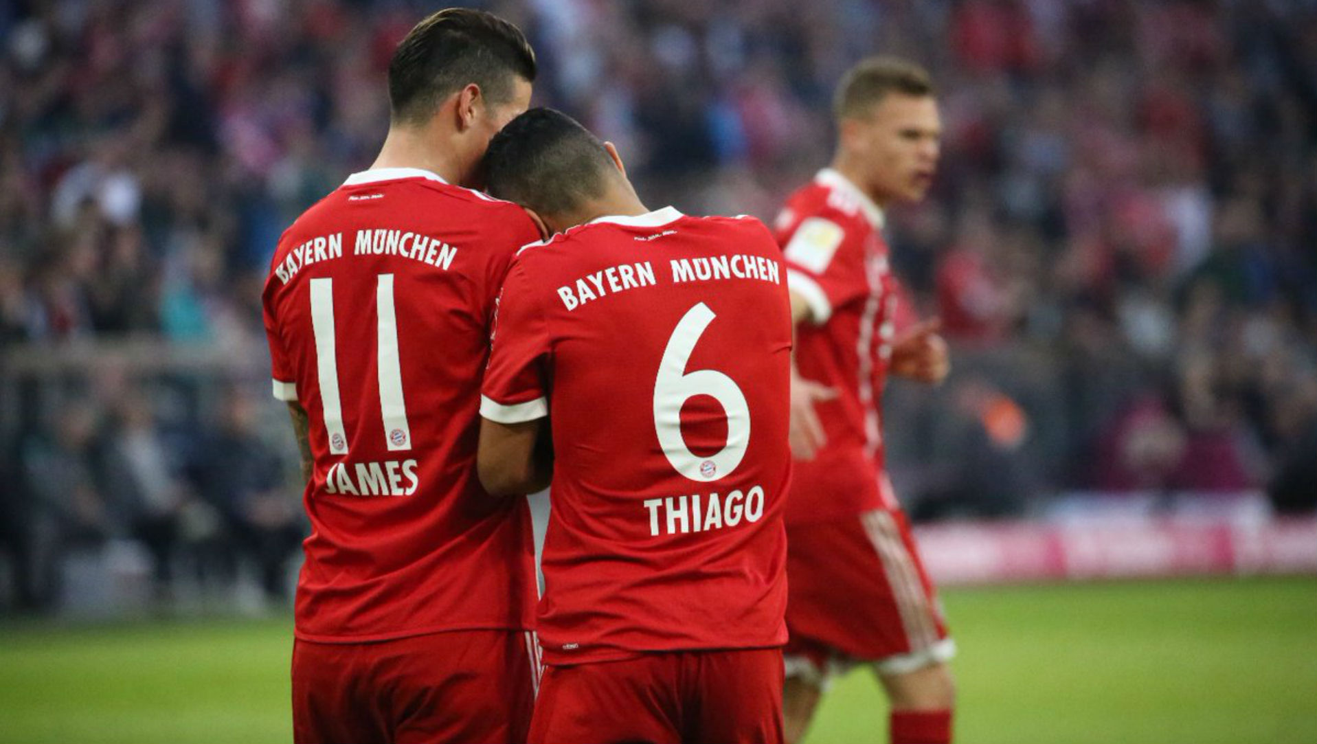 140418 James Rodríguez Thiago Alcántara Bayern Münich - Borussia Mönchengladbach