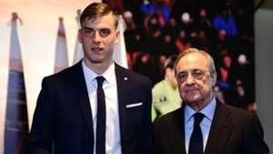 Andriy Lunin Florentino Perez Real Madrid
