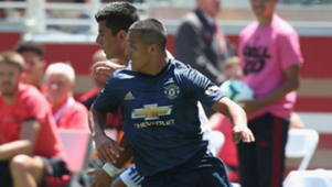 220718 Manchester United San Jose Earthquakes Alexis Sánchez Nick Lima