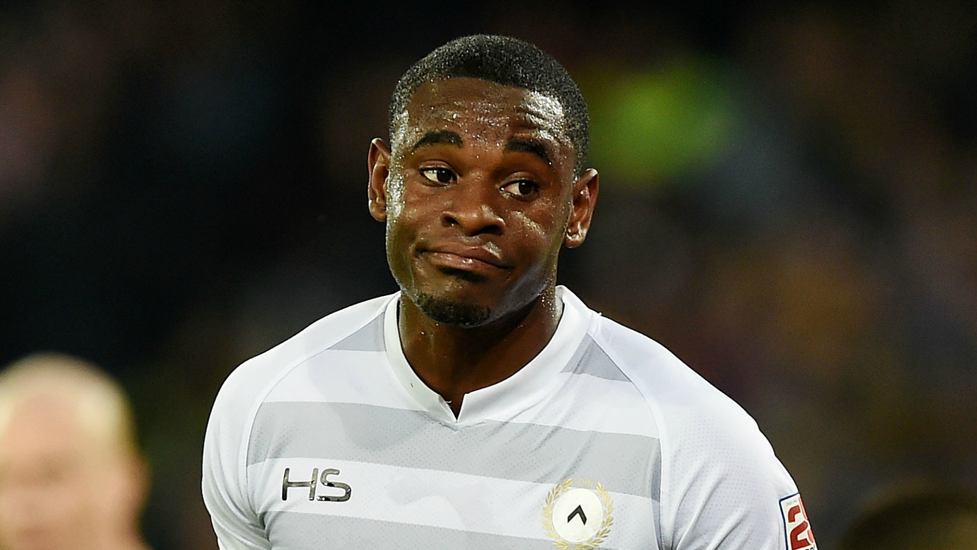 Zapata in ritiro con il Napoli. ADL chiede 25 milioni