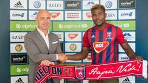 Ezekiel Henty Videoton FC