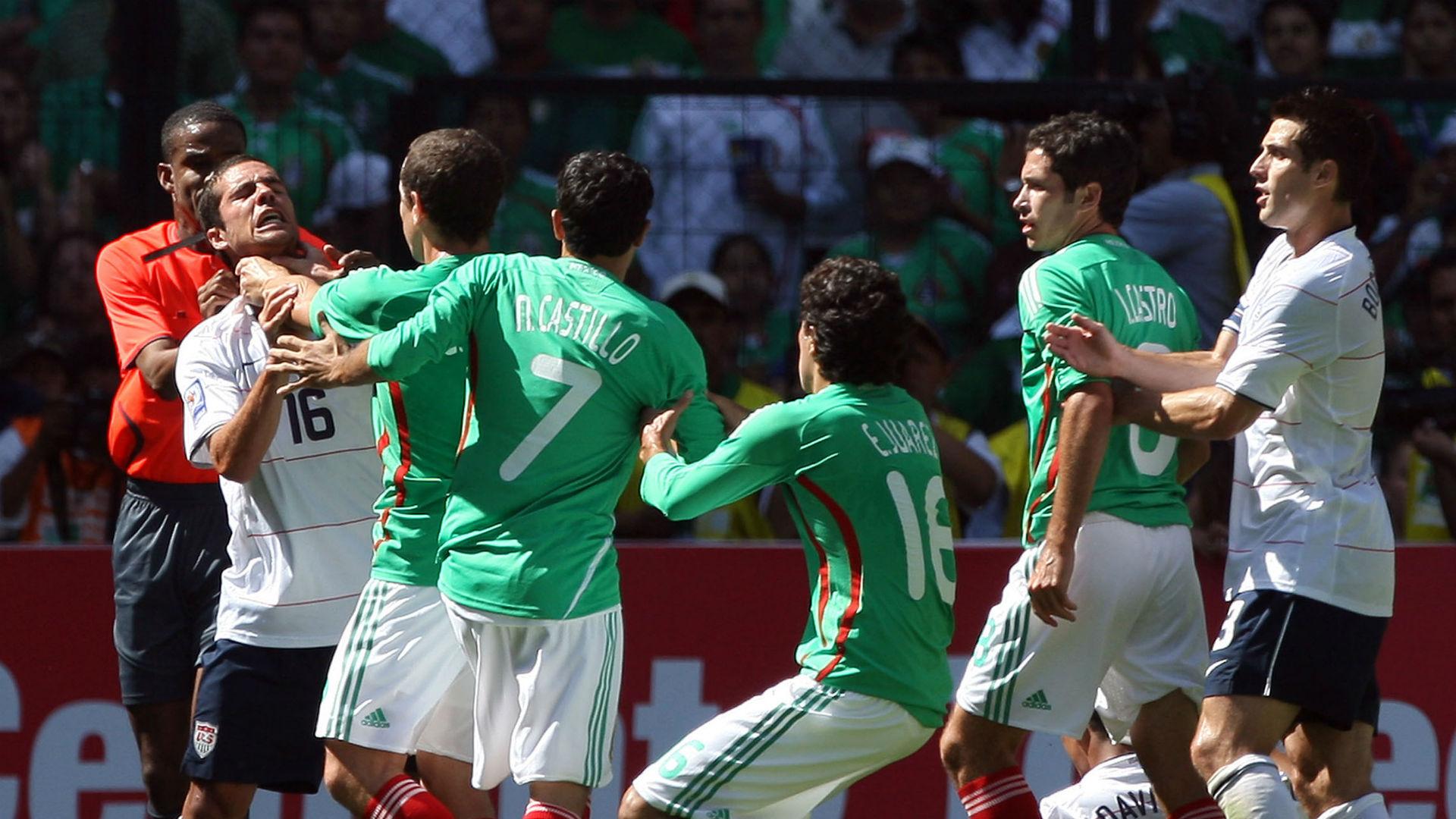 Gerardo Torrado chokes Benny Feilhaber USA Mexico WC Qualifying 2009
