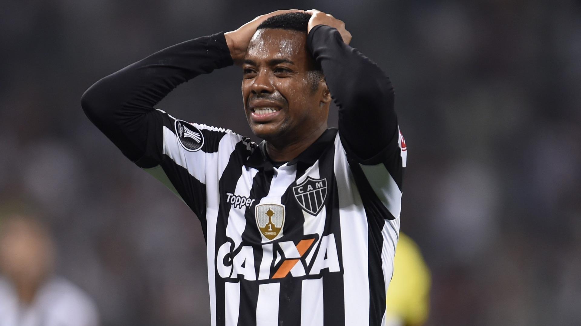 Robinho condamné à neuf ans de prison ferme pour viol