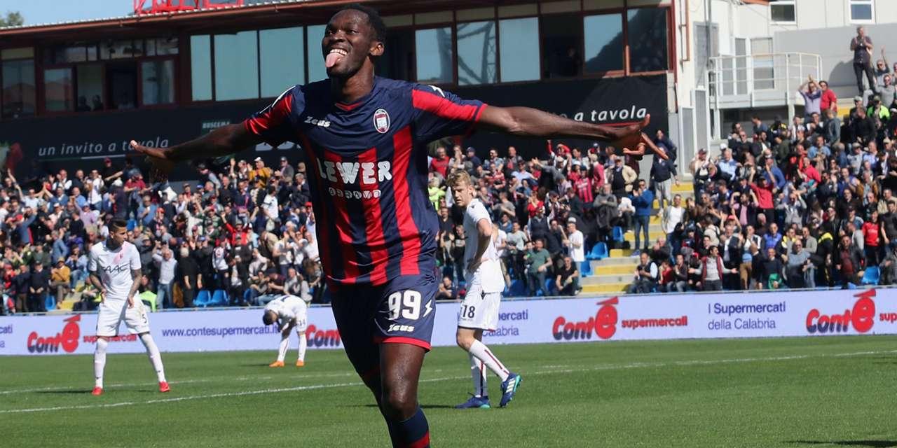 Nwankwo Simy Crotone Bologna Serie A