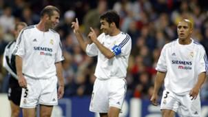 Zinedine Zidane Raul Roberto Carlos Real Madrid 22102003