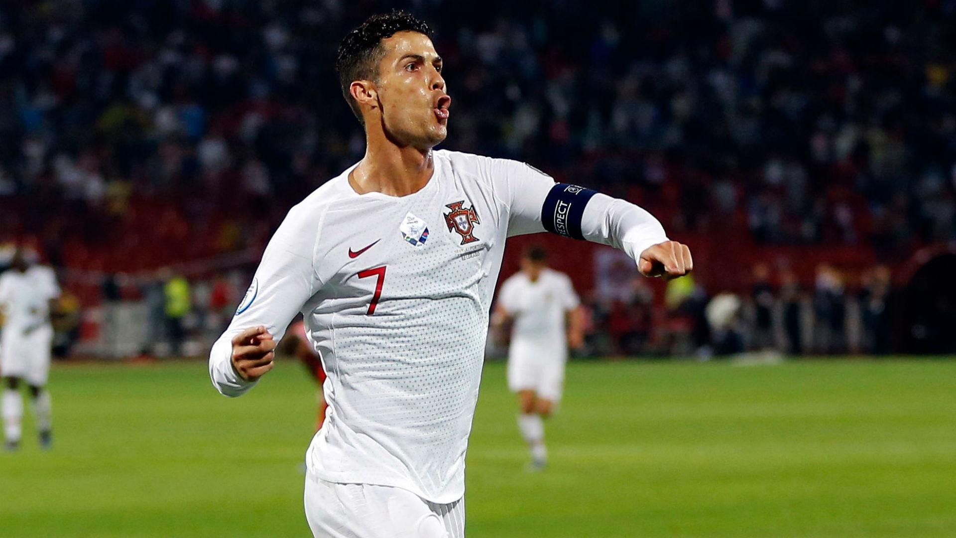 Cristiano Ronaldo scores four in Portugal win over Lithuania