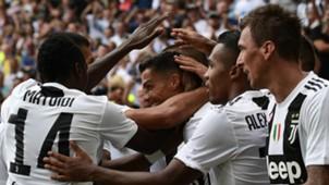 Juventus celebrate Cristiano Ronaldo