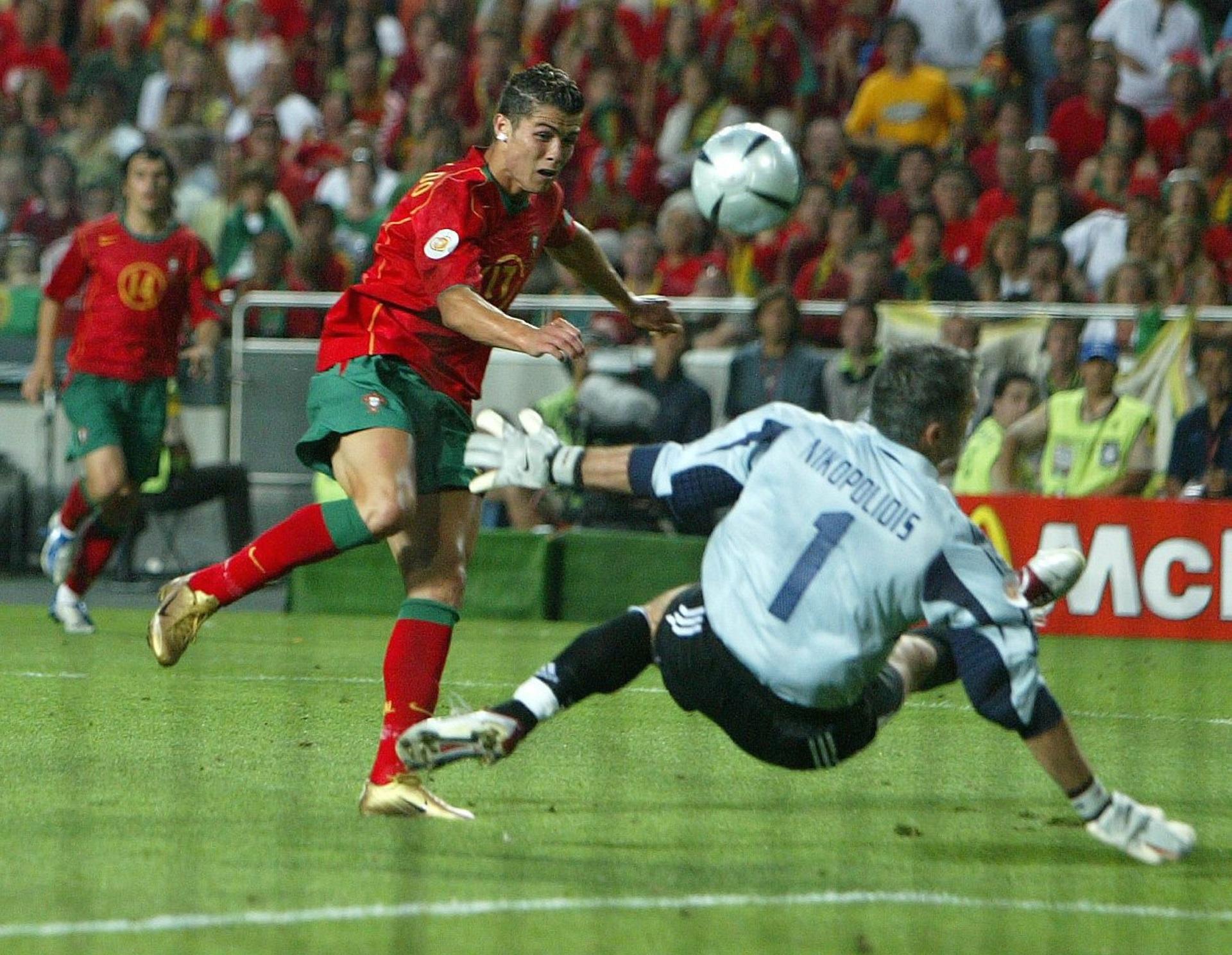 Cristinao Ronald Portugal Euro 2004