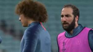 Capture Gonzalo Higuain David Luiz Chelsea Training UEFA Europa League Final 28052019