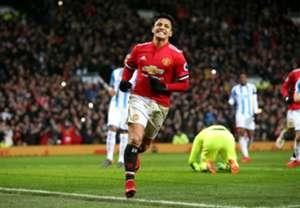 Alexis Sánchez - Manchester United v Huddersfield Town