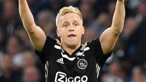 Van de Beek should be Tottenham's top transfer target - Anderton