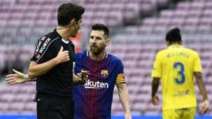 Lionel Messi, Barcelona, referee, 17/18
