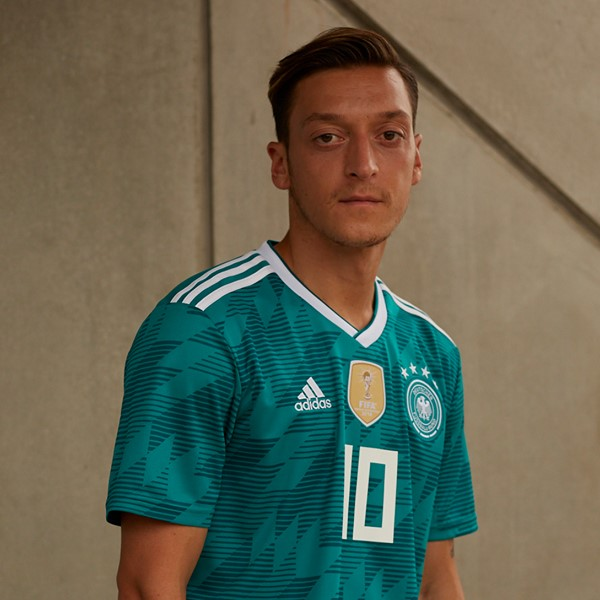 germany-2018-world-cup-away-kit (5).jpg